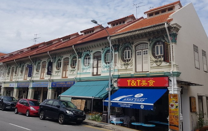 Lively shophouses in vibrant neighbourhoods